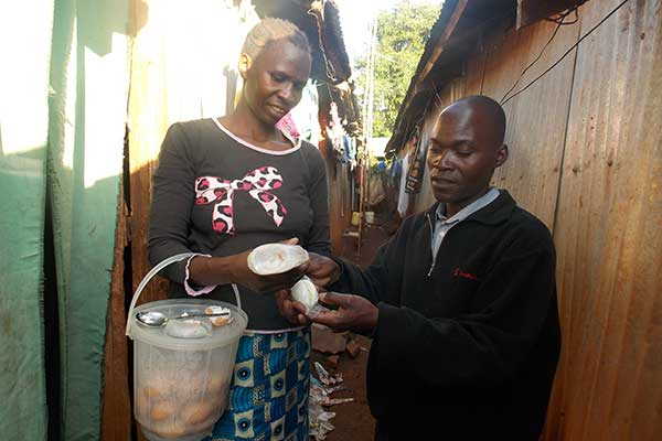 Students at the Kelley School of Business help Grassroots Women in Slums of Nairobi